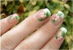 unhas_decoradas_com_flores-300x205