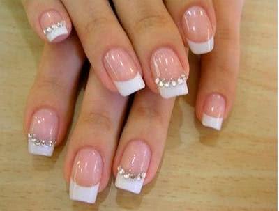 como-fazer-unhas-decoradas-de-diamante