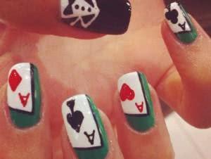 unha-decorada-baralho-poker-300x226