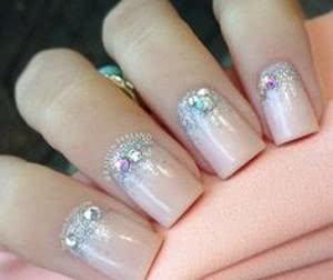 unhas-de-diamantes-simples-300x252